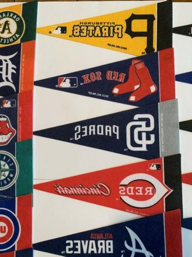 "NEW MLB Mini Pennants Team 4""x9"" 30 Flag"